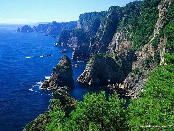 JAPANESE_LANDSCAPES-min